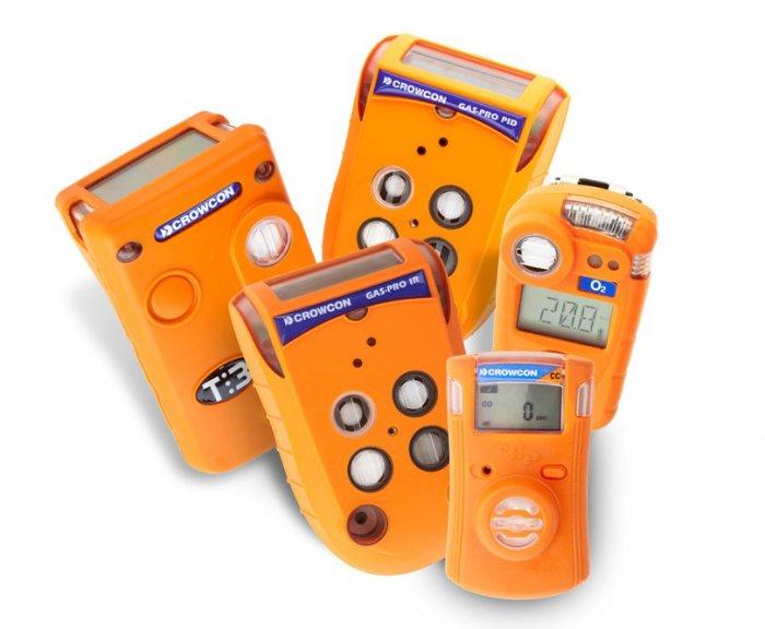 Gas-Handmessgeräte von Crowcon in verschiedenen Bauformen, für 1 Gas oder bis 5 Gase gleichzeitig gemessen.